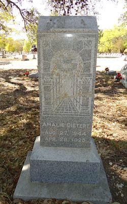 Amalie Bergmann Dietert's Tombstone